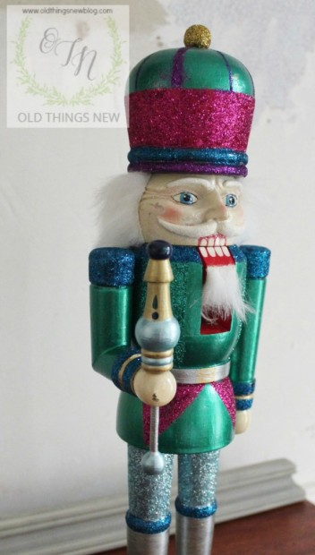 Creating a glittery nutcracker from a thrift store find old things new glittery nutcracker after 006 solutioingenieria Image collections