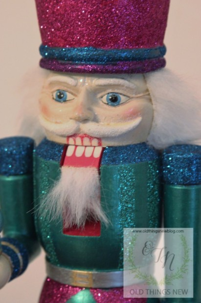 Creating a glittery nutcracker from a thrift store find old things new glittery nutcracker after 034 solutioingenieria Image collections