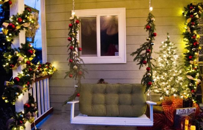 Porch at lakehouse 7.jpg