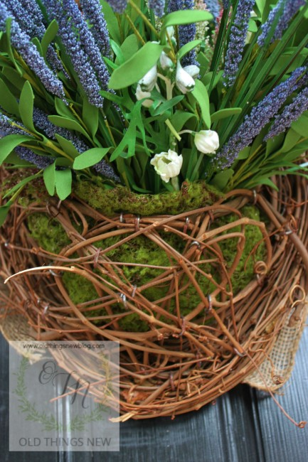 Spring Basket on Front Door 006