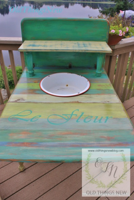 Potting Bench 016-001
