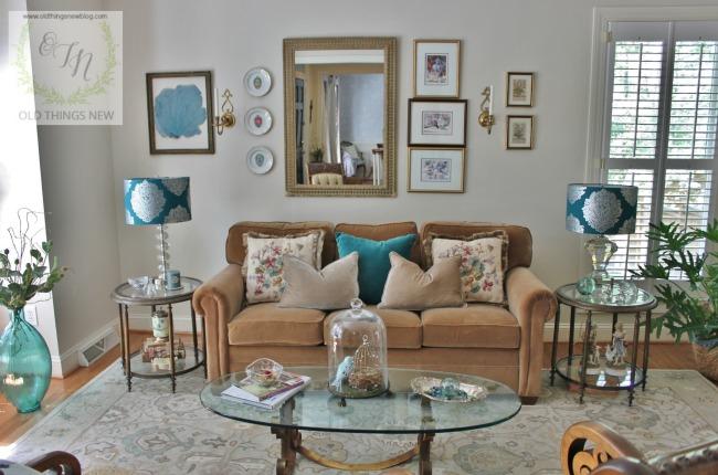 Living Room 001