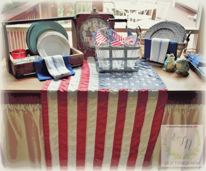 Independence Day Table 001