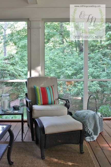 Screened Porch 011
