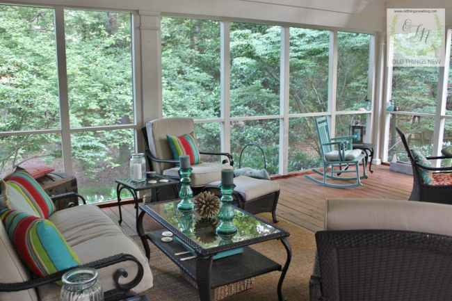 Screened Porch 027