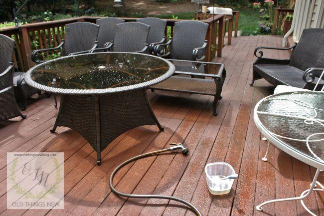 Washing porch furniture 007a