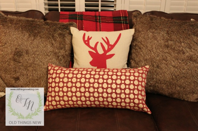 reindeer pillow 009