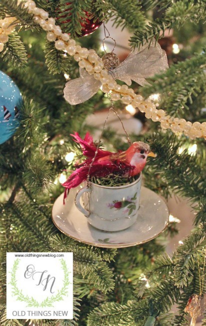 Birdy Teacup Ornament 001
