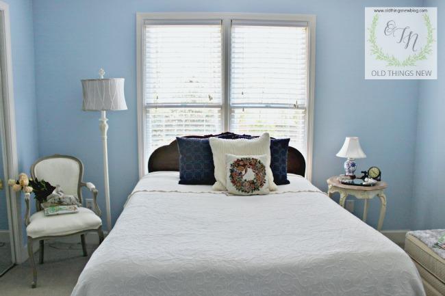 Guest Bedroom 025