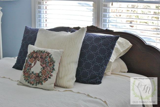 Guest Bedroom 032