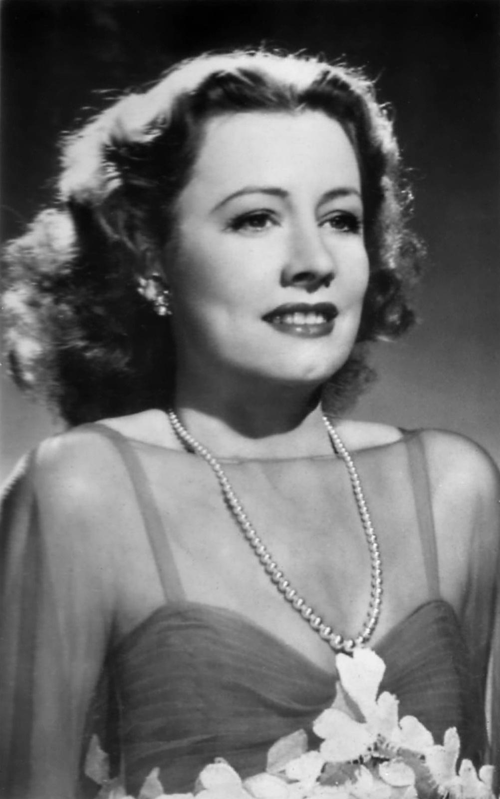 Irene Dunne  Radio Star  Old Time Radio Downloads