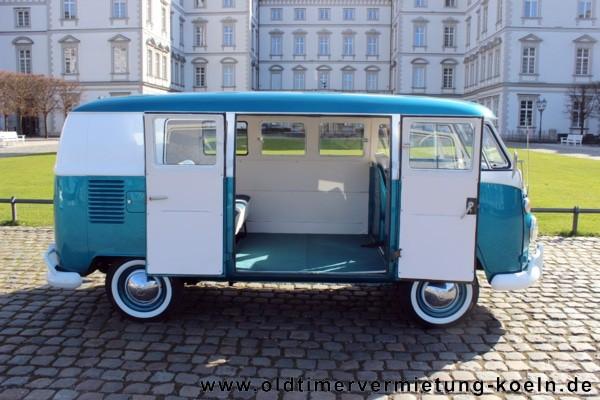 VW Bulli T1 de Luxe BLAU  Bj1965  ClassicCarEvents