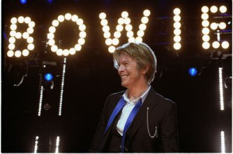 David Bowie en Chicago, 2002. Foto: Adam Bielawski/ Wikipedia