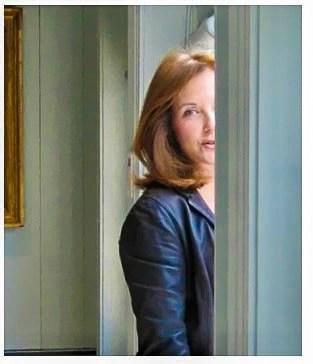 Carol Glasser Portrait