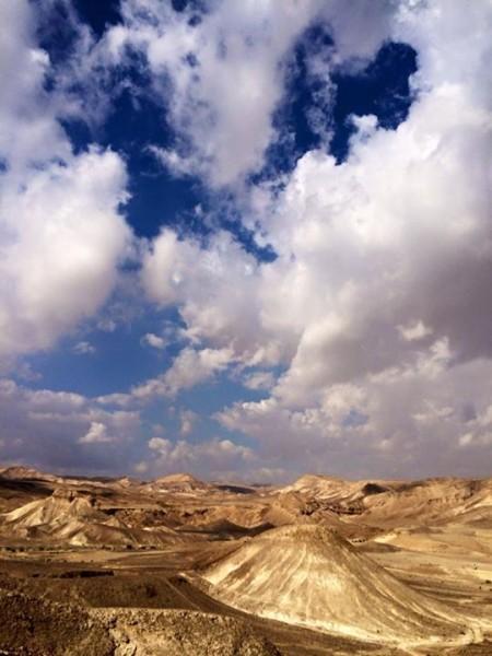 anna-vul-desert