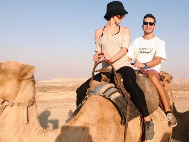 masa-art-tel-riding-camel