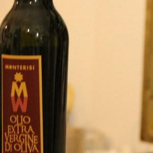 Olio Extravergine di Oliva Azienda Agricola Monterisi