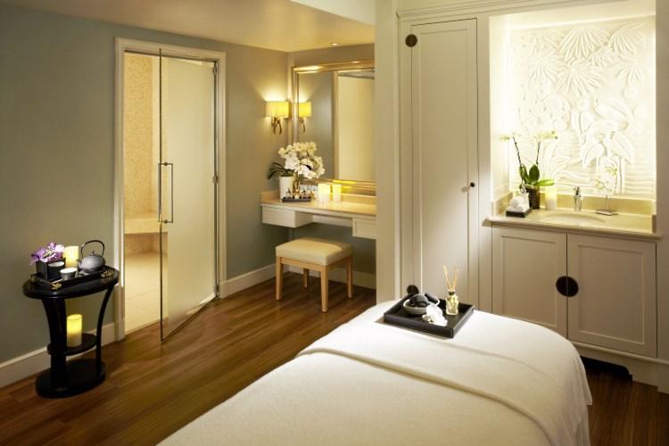 Htel ShangriLa Paris  Htel de luxe  Paris France