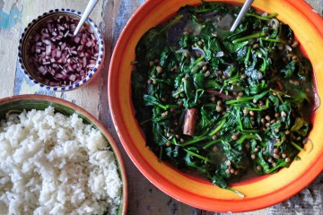 Spinach and lentils stew