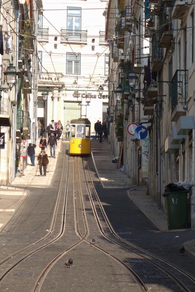 Der Ascensor da Bica in Lissabon