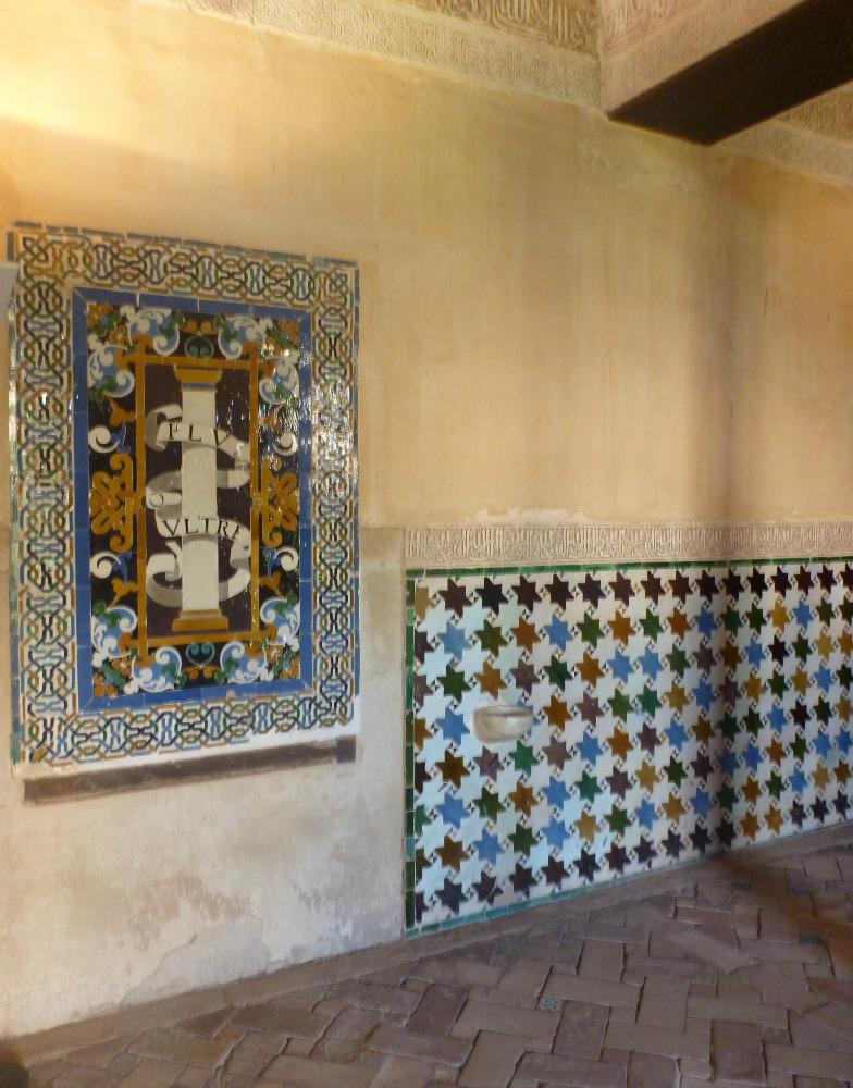 Kacheln und Mosaike in der Alhambra