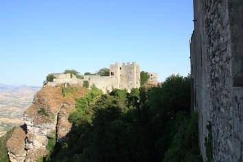 Blick auf das Castello di Venere auf Sizilien