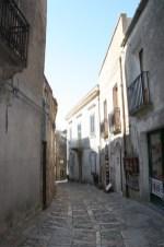 Verwinkelte Gassen in der Altstadt von Erice auf Sizilien