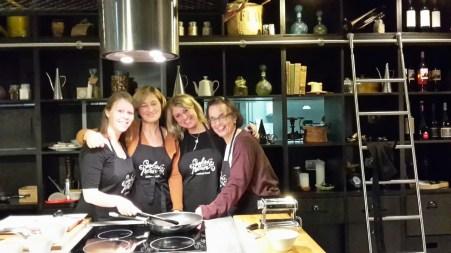 Olimar Produktteam beim Kochen