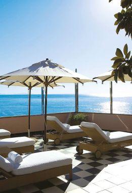 Spa Terrasse des Belmond Reid's Palace im Wellnessurlaub auf Madeira
