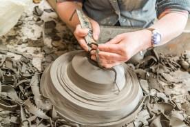 Eine Keramikvase wird geformt Azoren Sao Miguel