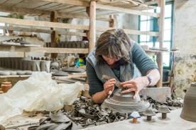 Arbeiterin Keramikfabrik Azoren