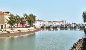 Brücke über den Fluss Algarve