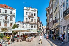 Fußgängerzone Anfang Cafe Coimbra