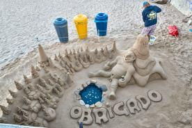Sandskulptur am Strand Portugal