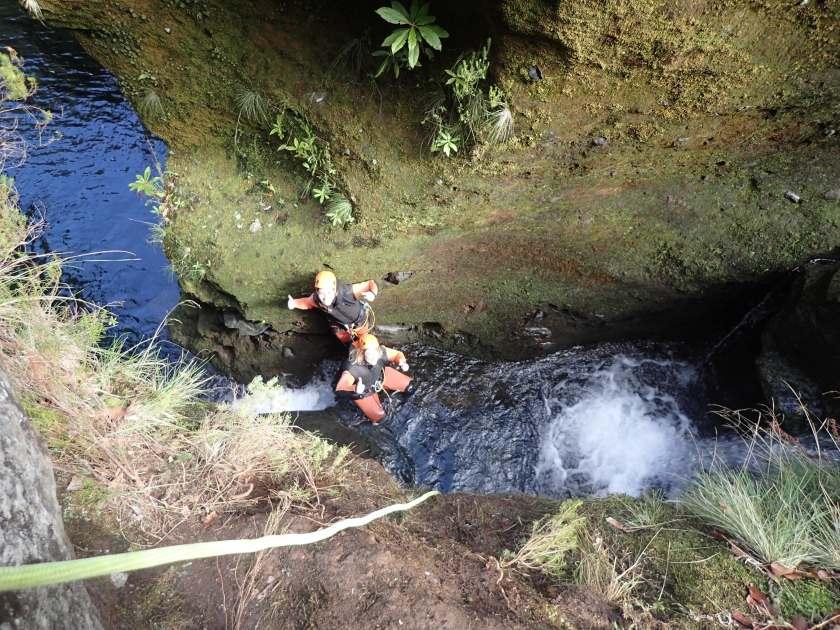 Klettern am Wasserfall Madeira