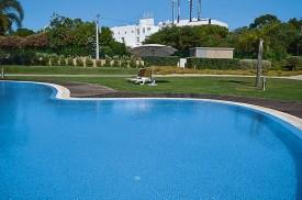 Pool und Liegewiese Villas Mourim Algarve