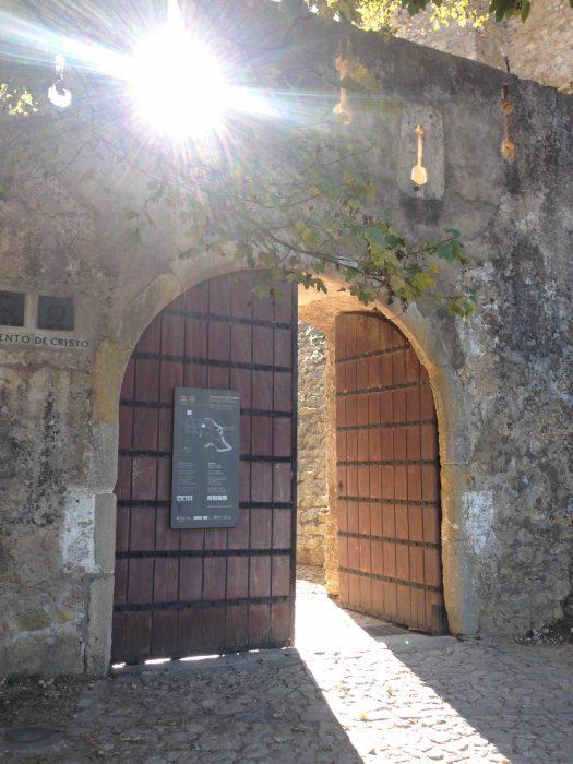 Eingang Ordensburg Tomar Centro