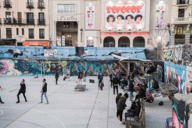 Anwohner auf Freigelände Campo de la Cepada in Madrid