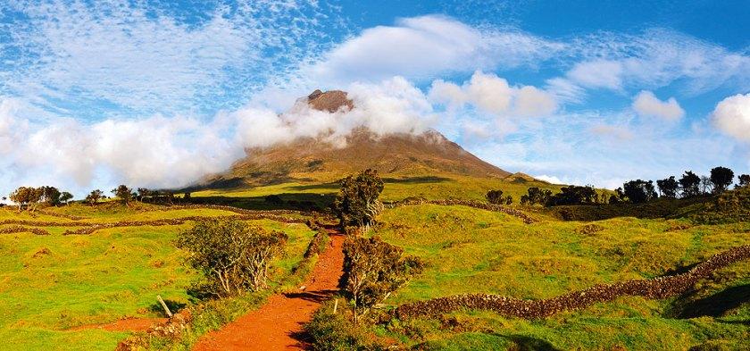 Berg und Insel Pico