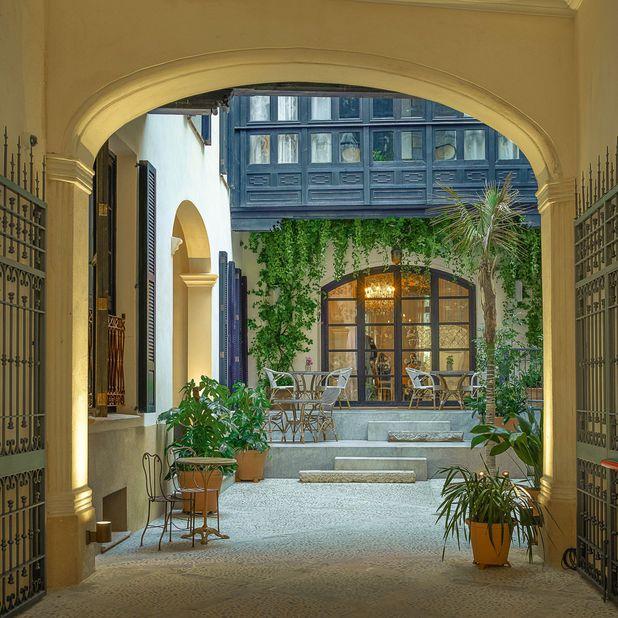 Mallorca Can Bordoy Grand House & Garden Patio