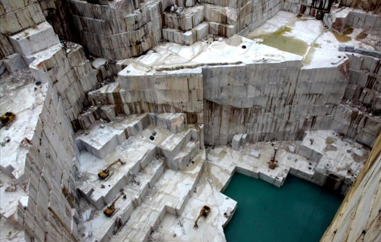 Marmor-Steinbruch von oben Alentejo