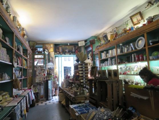 traditionelles Geschäft in der Altstadt Ferragens Fermura