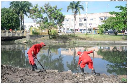 Limpeza de canais - Canal da Malária - Varadouro. Foto: Diego Galba/Pref.Olinda