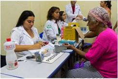 Atendimento de saúde, durante o projeto Olinda em Ação no bairro de Amaro Branco. Foto: Anizio Silva/Pref.Olinda
