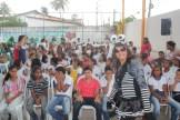 Arte educadores garantiram o sentido lúdico da ação de combate ao Aedes aegypti nas escolas de Olinda. Foto: Tiago Peixoto/Pref.Olinda