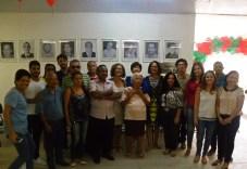 Integrantes do Conselho Municipal de Saúde, junto com a deputada federal Luciana Santos (PCdoB)