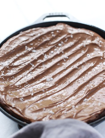 Salted Cast Iron Brownie, as easy as one bowl, one measure cup and spoon.