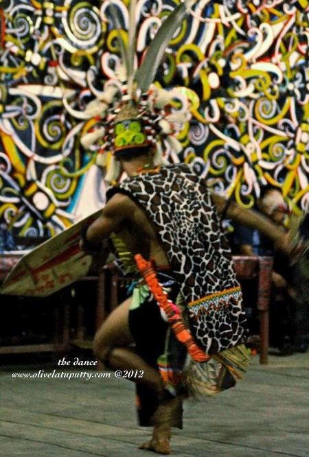 pengalaman di tengah Suku Dayak