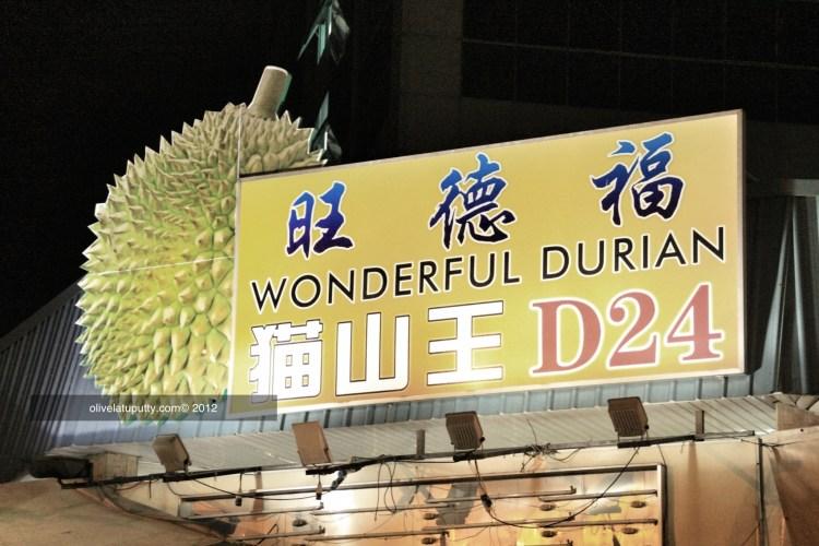 makan durian di singapore