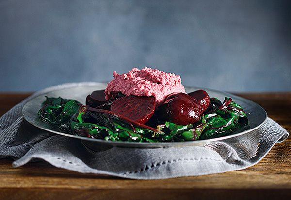 salata-patzaria-me-roz-skordalia